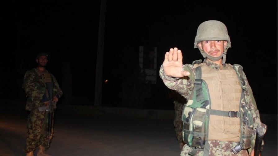 Атентат срещу конвой на НАТО в Кабул