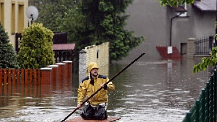 Наводненията в Полша взеха пета жертва
