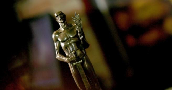 """В Театър """"Българска армия"""" раздадоха годишните награди """"Аскеер"""" запринос къмтеатралнотоизкуство."""