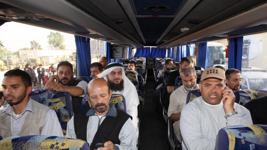 Израел пуска всички активисти да си ходят