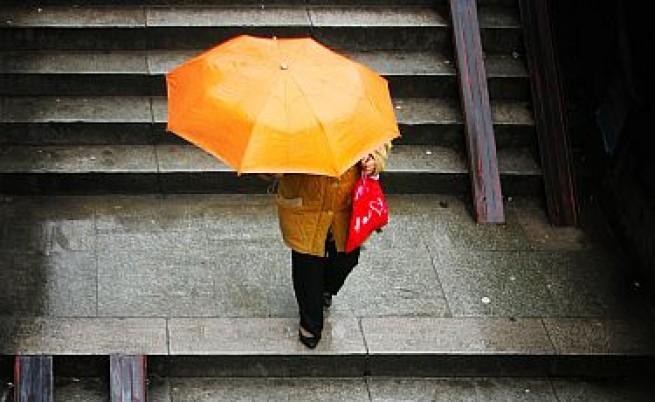 Почва седмица на дъждове и по-ниски температури