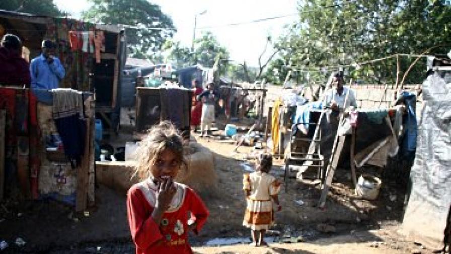 В осем индийски щата живеят повече бедни хора, отколкото в 26-те държави в Черна Африка