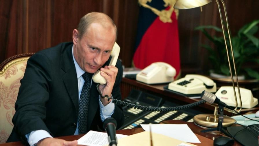 Путин се обажда на Борисов и Папандреу