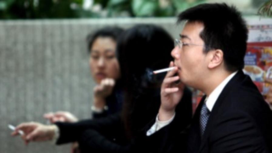 От 2011-а в Китай забраняват пушенето на обществени места