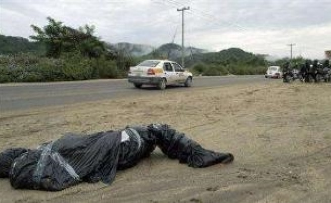 Наркотрафиканти и армията воюват в Мексико
