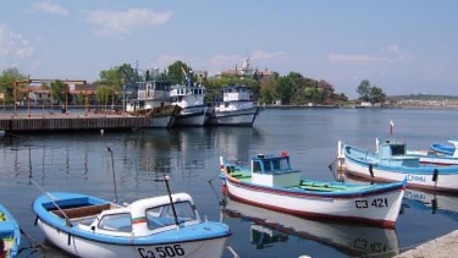 Пребиха служителка на пристанището в Созопол