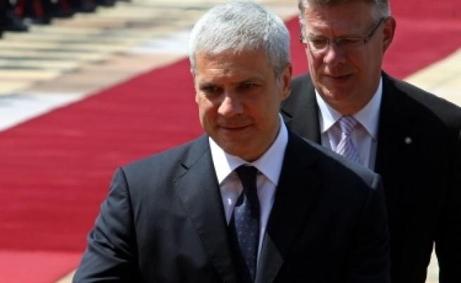Сръбската резолюция за Косово дразнела САЩ
