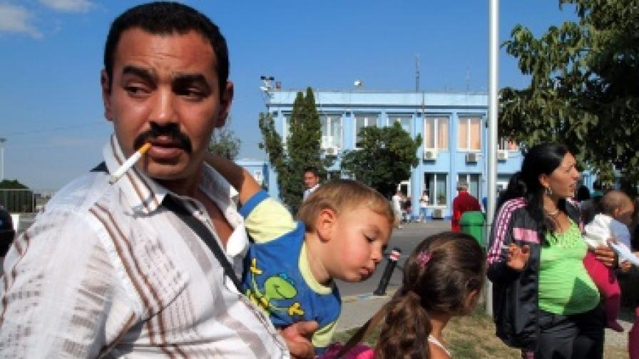 Италия: Арестуват роми за кражби на децата им