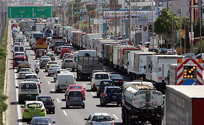 Нова стачка на собствениците на камиони в Гърция
