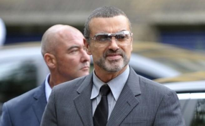 Джордж Майкъл влиза в затвора