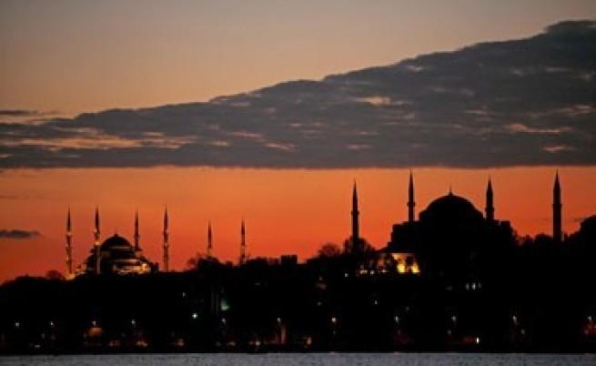 Все повече евроскептици сред турците