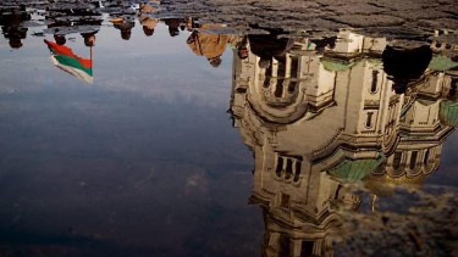 България отваря вратите на още 500 хил. да работят на Острова
