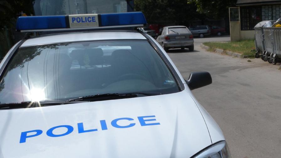 Откриха застреляна двойка в бургаско село