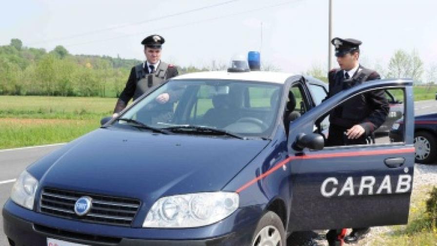 Арестуваха българи, клонирали банкови карти във Венеция