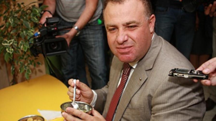 """""""Алфа Рисърч"""": Земеделският министър засенчи Цветанов"""