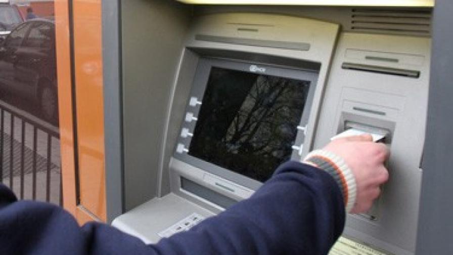 По 2000 лева на ден крадат от банкомати