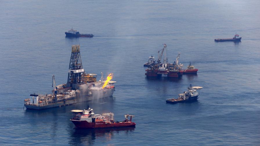 САЩ вдигна забраната за добив на петрол в залива