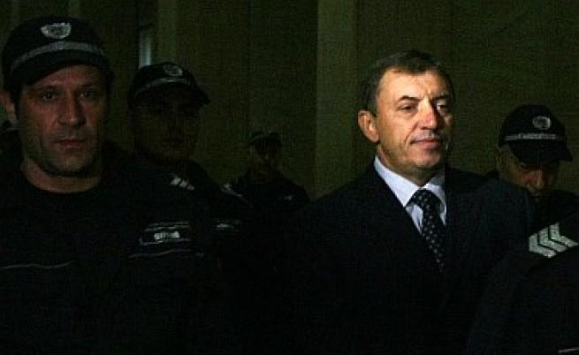 Алексей Петров влиза в политиката?