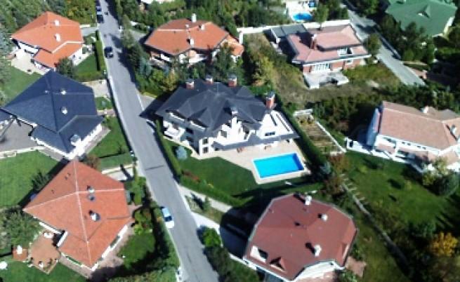 От 2011 г. започват да рушат неузаконени имоти из цялата страна