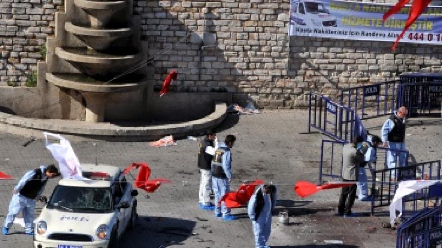 Камикадзе в Истанбул рани 32-ма