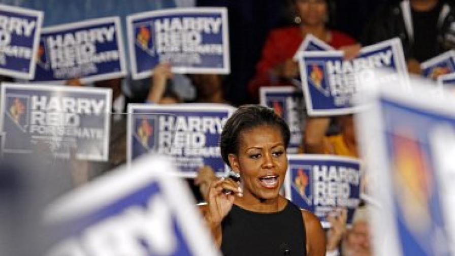 Мишел Обама изнася реч пред привърженици на демократическата партия преди изборите в САЩ