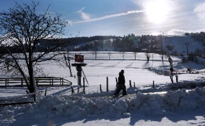 Великобритания изненадана от сняг през ноември