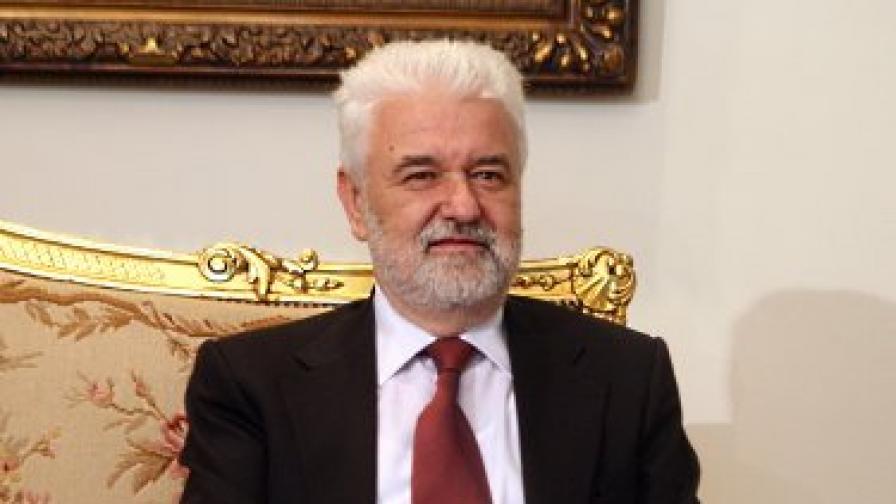 Самолетна повреда попречи на сръбския премиер да дойде в София