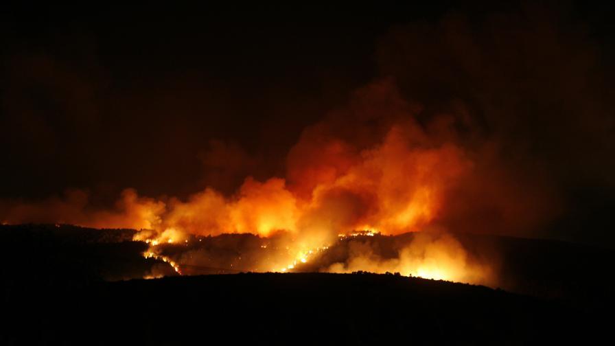 Огнен ад в Израел, наши огнеборци в готовност