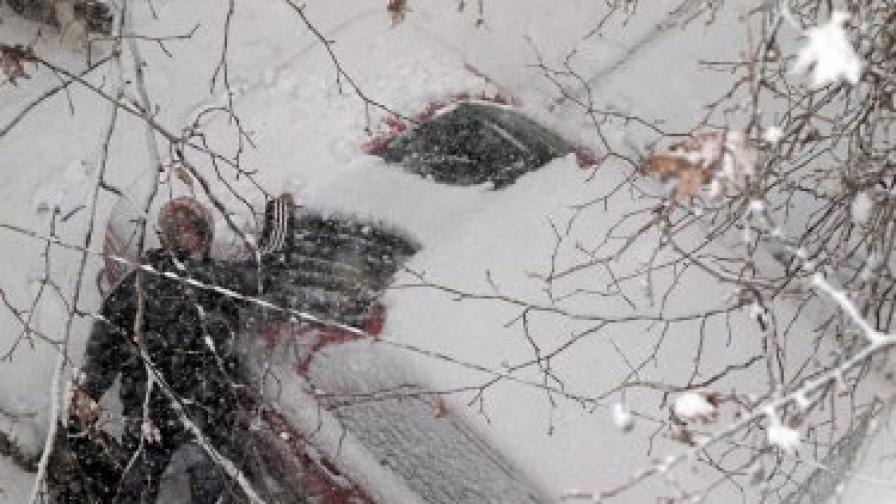 СДВР: Крадат ви колата, докато загрява