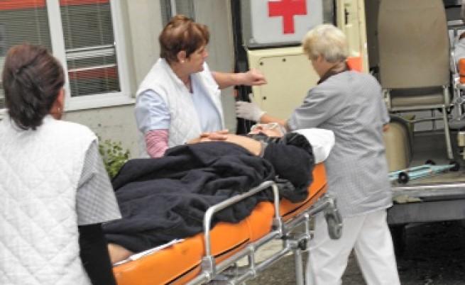 По 11 стотинки за извънредна помощ на пациент ще получават лекарите