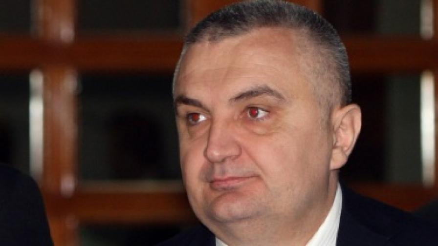 Корупционен скандал тресе Албания
