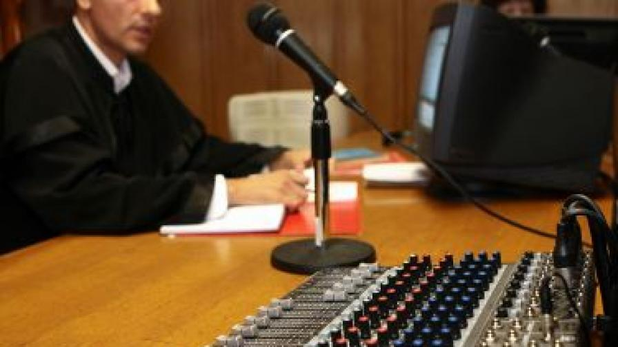 Прокуратурата: Записите са манипулирани
