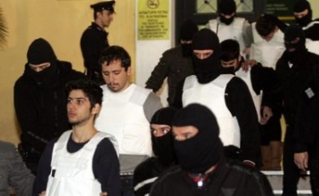 Подсъдимите анархисти в Атина си излязоха от съда