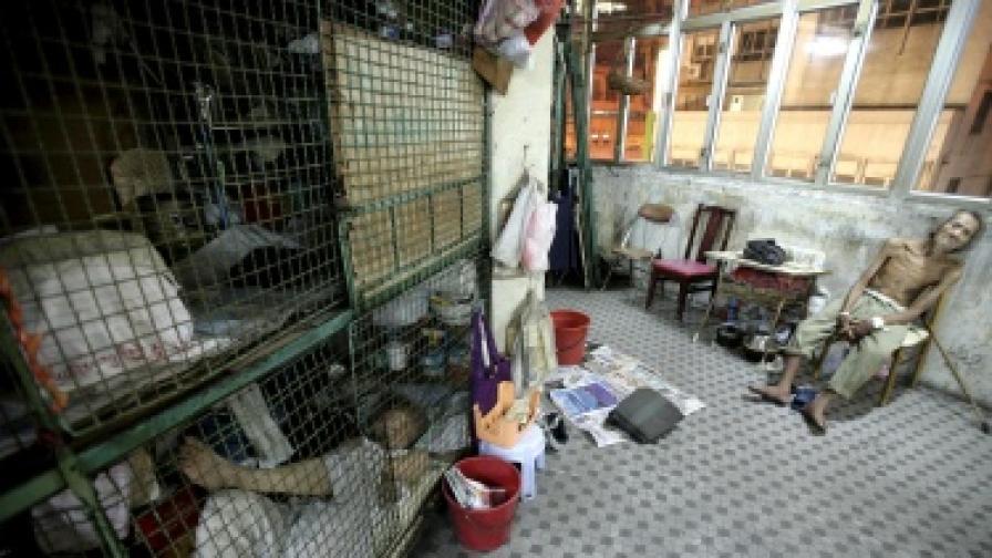 Клетки под наем в Хонконг. Около 1,2 млн. души от населението на града живее в крайна нищета