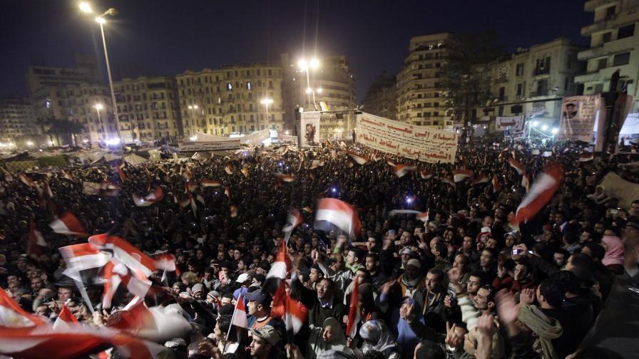 Мубарак отказа да се оттегли