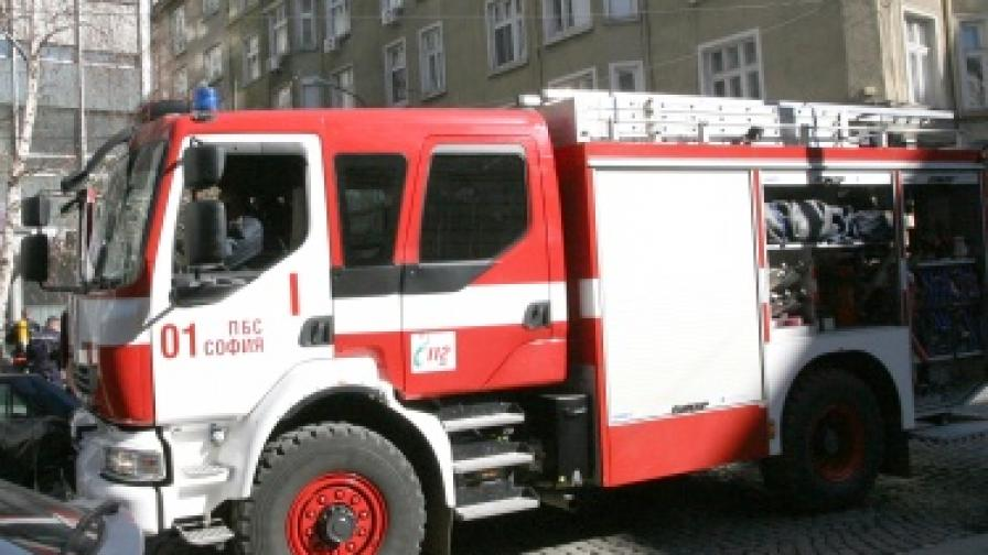 Две деца загинаха при пожар в София