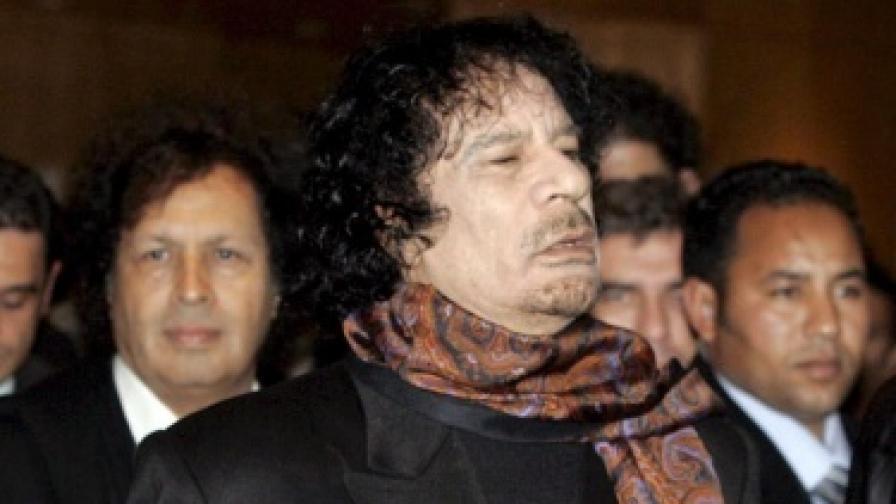 Кадафи можел да посегне към химически и биологични оръжия