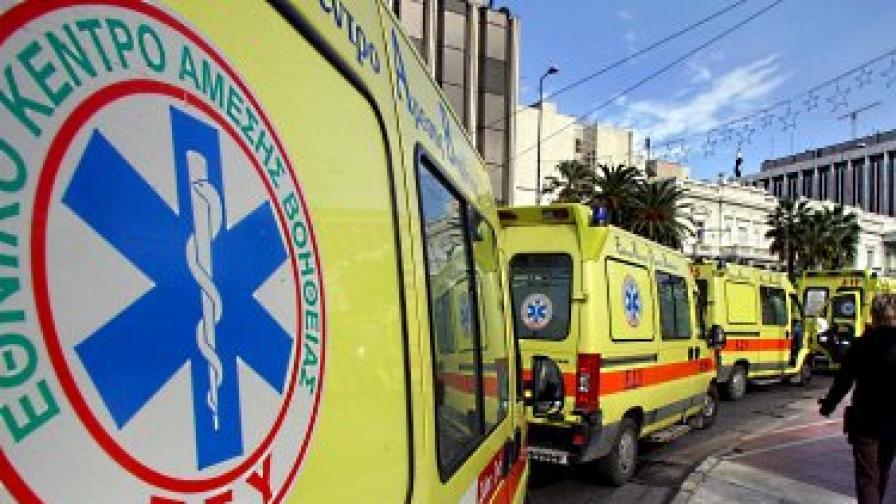 Преследване в Атина завърши с двама убити полицаи