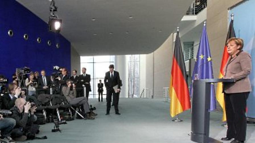Рокада в германския кабинет след скандала с Цу Гутенберг