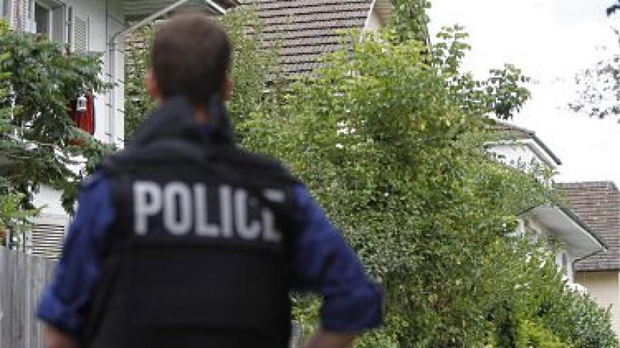 Експлозия на колет бомба рани двама души в Швейцария