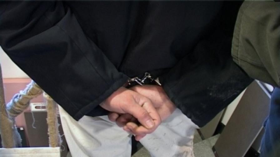 Хванаха мъж, подготвял убийство на полицай