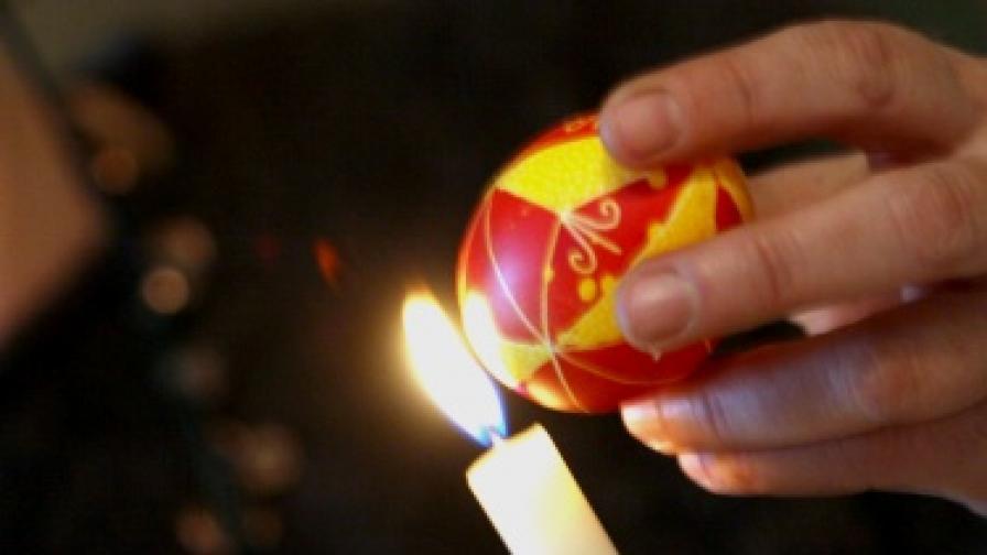 Писани яйца за Великден - лесно е
