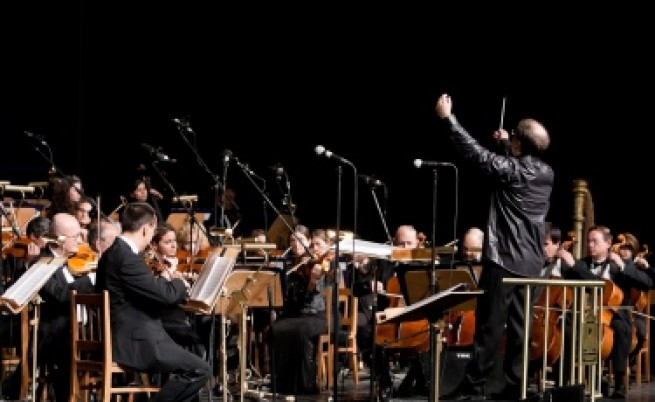 Софийската филхармония ще свири на концерта на Стинг