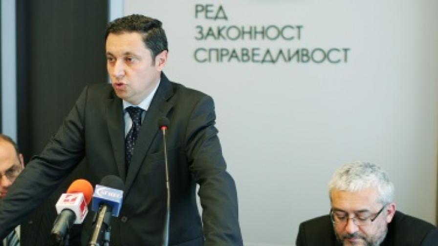 РЗС: ГЕРБ-Пловдив са на държавна хранилка