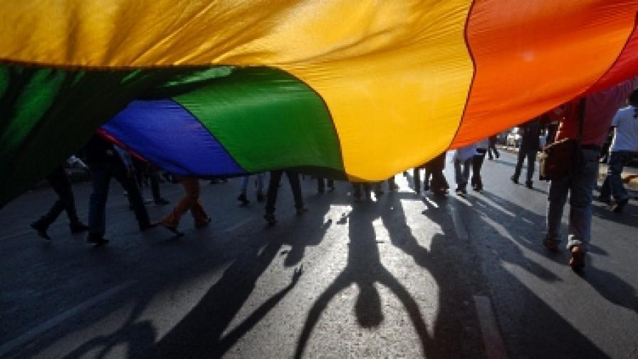 Сенатът в Ню Йорк одобри еднополовите бракове