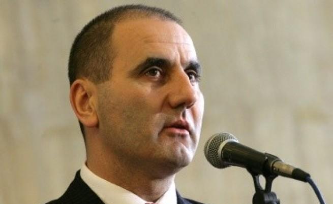 Цветанов: Няма да позволим Трактора да се бъзика