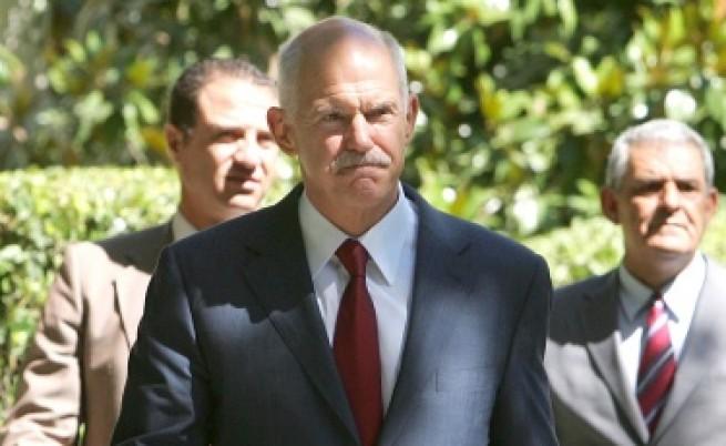 Гърция на една степен от обявяването във фалит