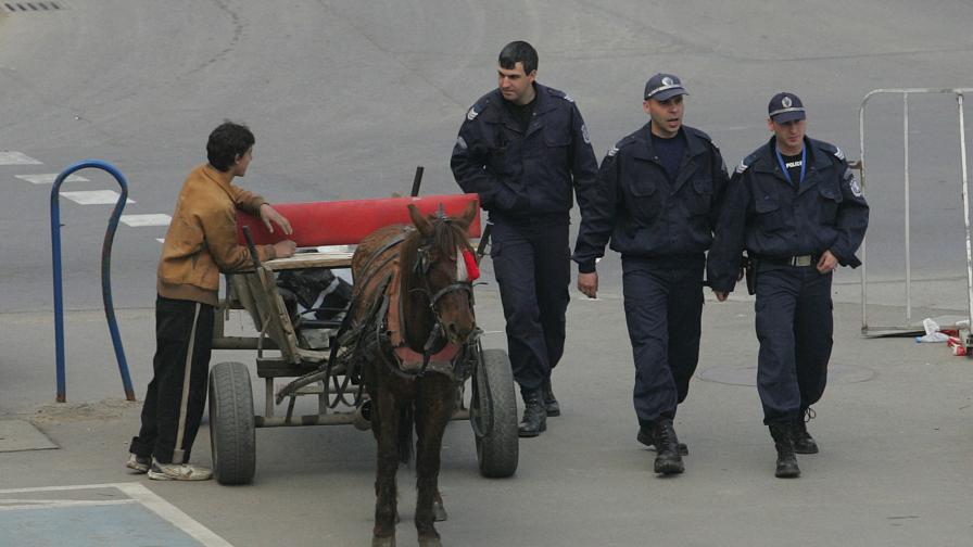 По европейски: Каруци возят боклук в Брюксел