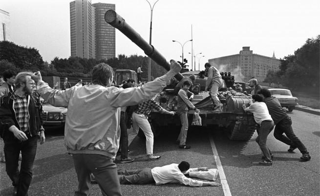 Имейли от СССР още през 1991 г.