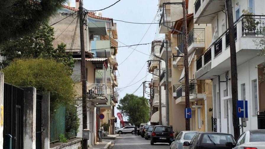 В Гърция крадат от банки до животни и камиони